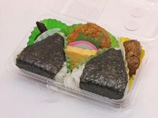 Sadokisen_onigiri